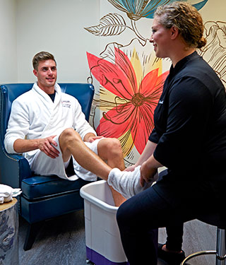 Soothing Hand and Foot Treatment